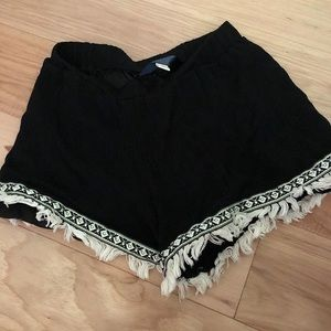Francesca's flowy shorts size small